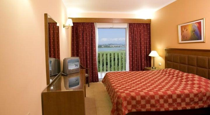 Ariti Grand Hotel Image 5