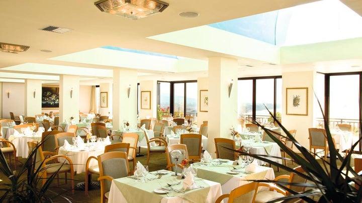 Amathus Beach Hotel Image 12