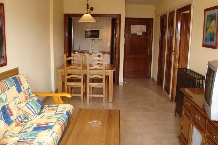 Ronda 4 Apartments Image 27