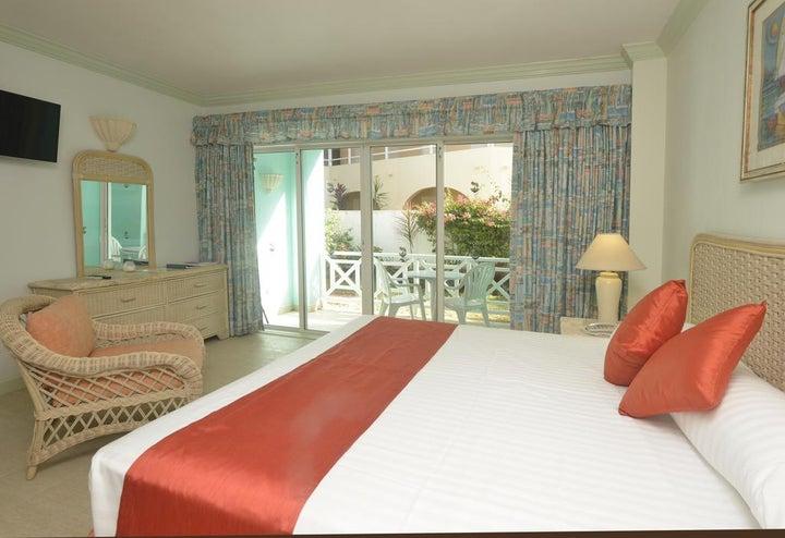Dover Beach Hotel in Christchurch, Barbados