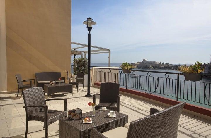 Marina Hotel Corinthia Beach Resort Image 37