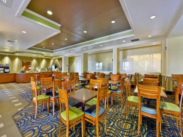 Comfort Inn & Suites Convention Center in Orlando, Florida, USA