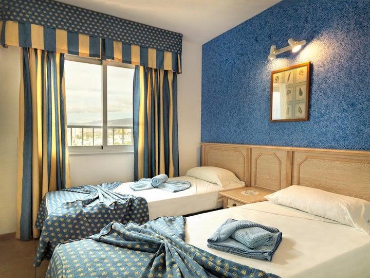 Oroblanco Apartments Image 17