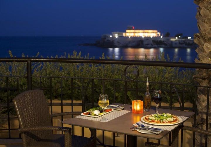 Marina Hotel Corinthia Beach Resort Image 10