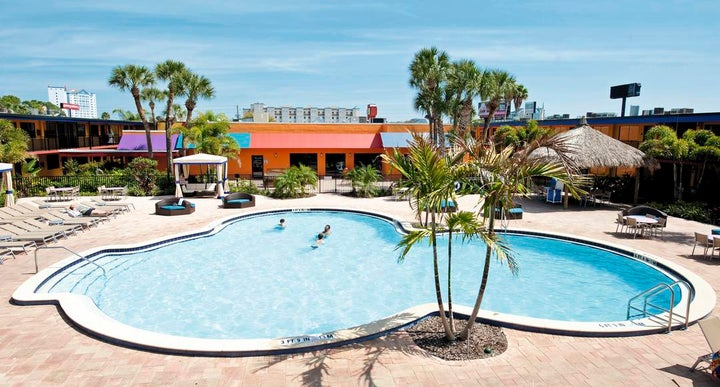 Coco Key Hotel And Water Park Resort In Orlando Usa
