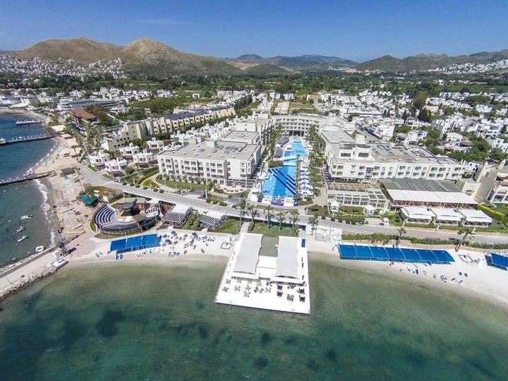 La Blanche Resort & Spa Image 19