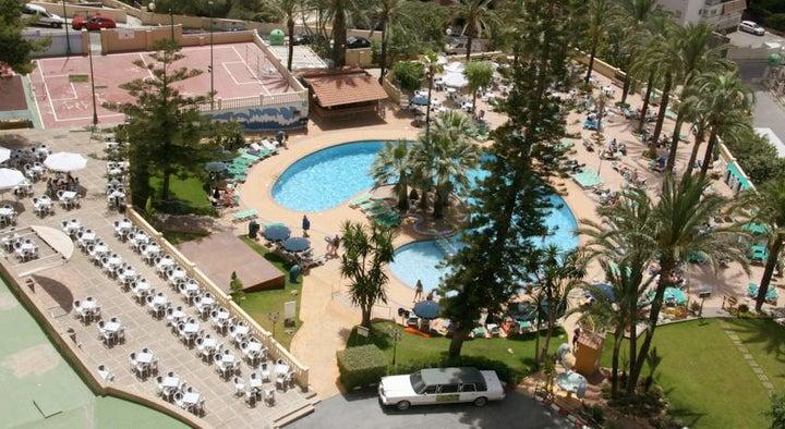 Palm Beach Hotel Image 2