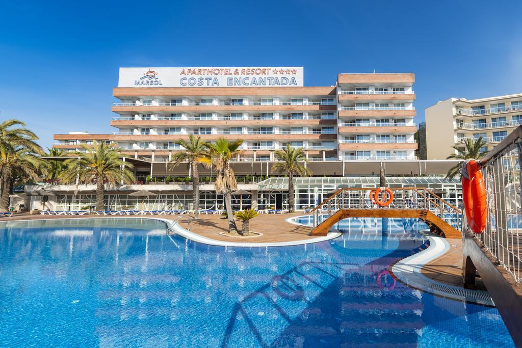 Costa Encantada Aparthotel In Lloret De Mar Spain Holidays From 223pp Loveholidays