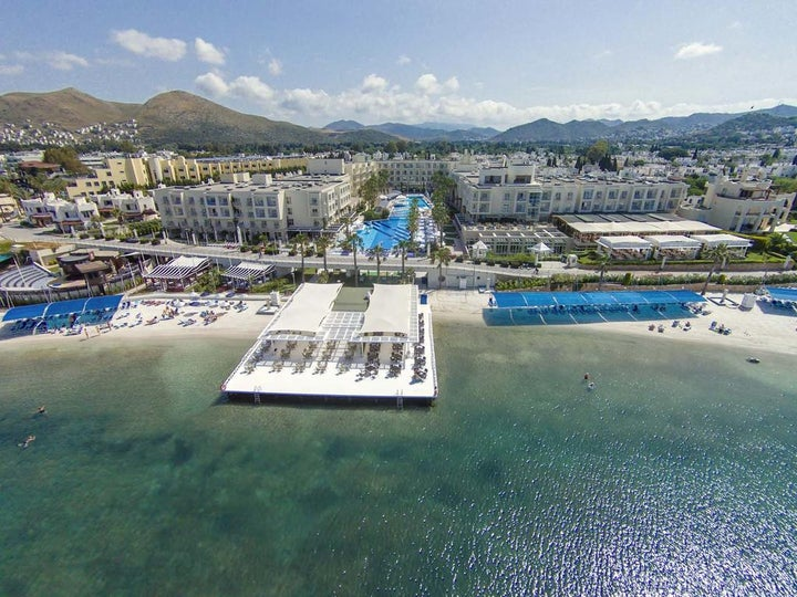 La Blanche Resort & Spa Image 18