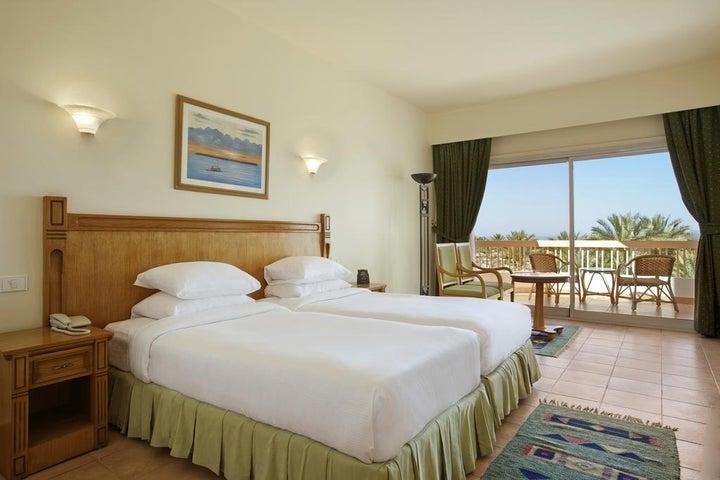 Hilton Long Beach Resort Image 9