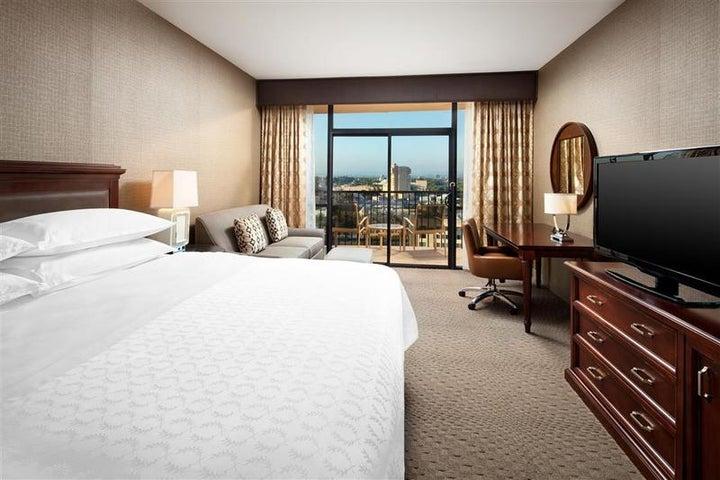 Sheraton Park Hotel At The Anaheim Resort in Anaheim, California, USA