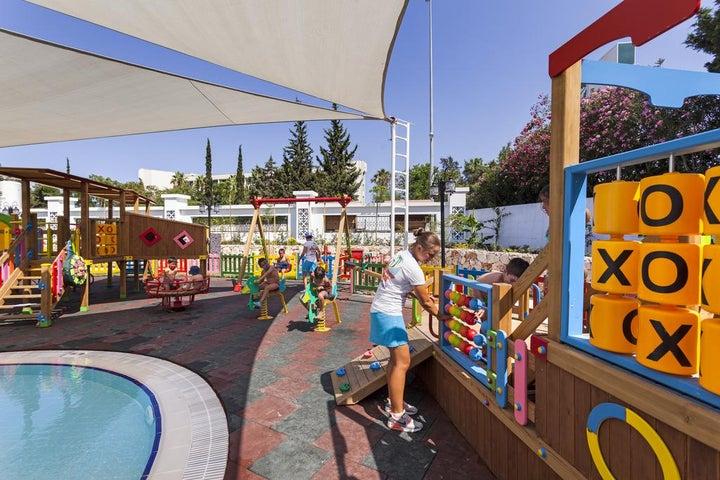 Karmir Resort And Spa Image 40