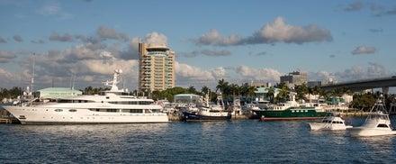 Pier Sixty-Six & Marina Image 8