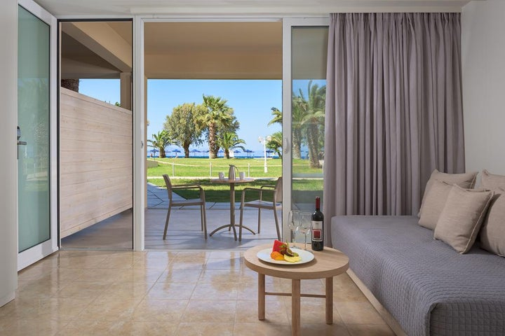 Sun Beach Resort Image 2
