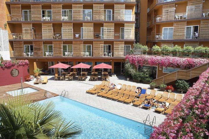 Alegria Plaza Paris Hotel (ex. Fergus Style Plaza Paris Hotel) in Lloret de Mar, Costa Brava, Spain