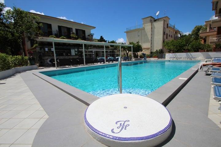 Florida Hotel Image 11