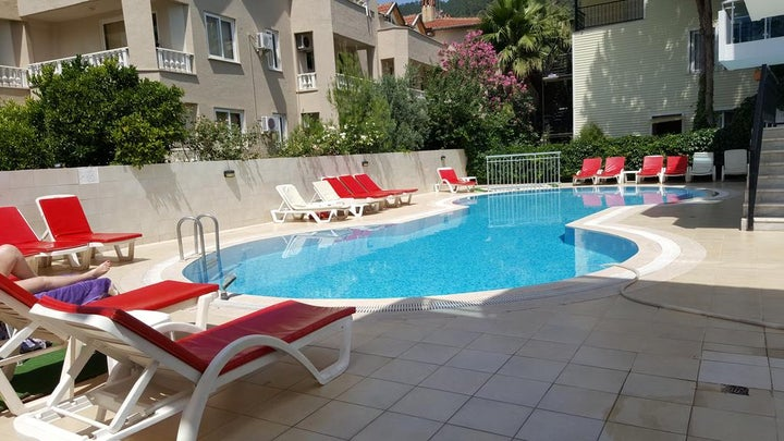 Tolan Apartments Image 7