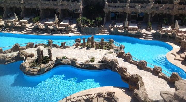 Caves Beach Resort Hurghada Image 41
