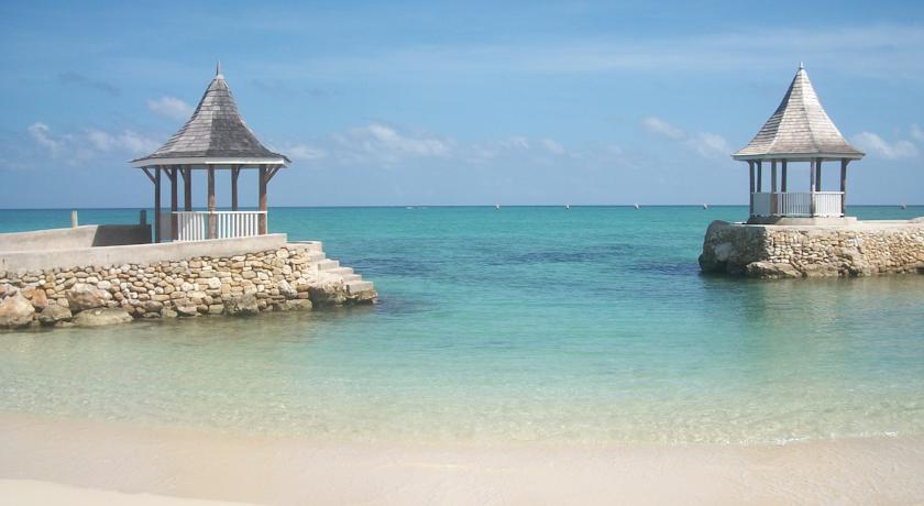 Seagarden Beach Resort In Montego Bay, Jamaica | Holidays From £1108pp |  Loveholidays