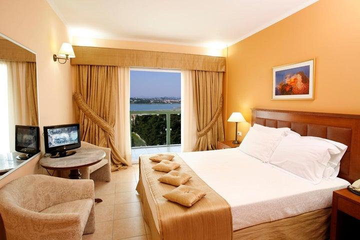 Ariti Grand Hotel Image 20