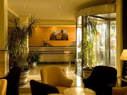 Las Arenas Hotel Image 21