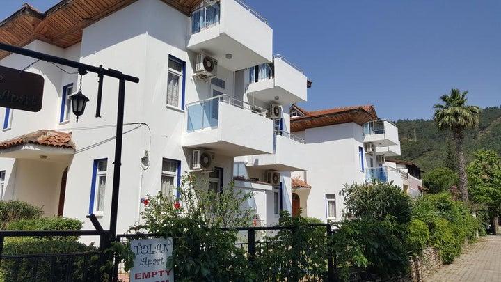 Tolan Apartments Image 19