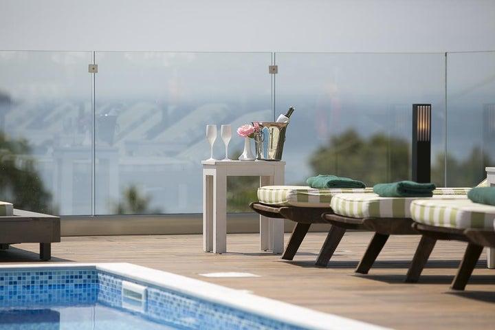 Irida Hotel Image 4