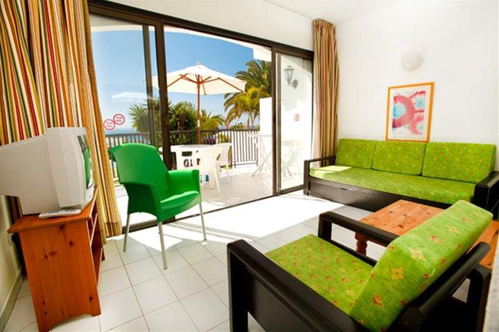 Las Buganvillas Apartments Image 5