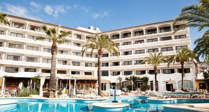 Apartments Sol de Alcudia in Alcudia, Majorca | Holidays ...