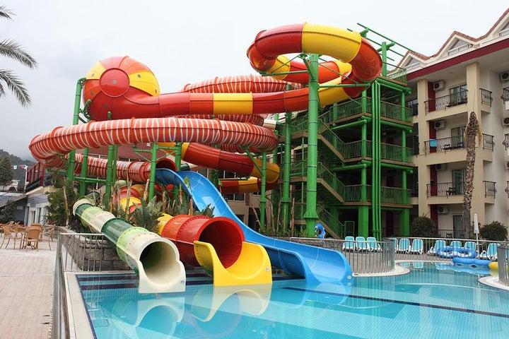 Crystal Aura Beach Resort And Spa Image 44
