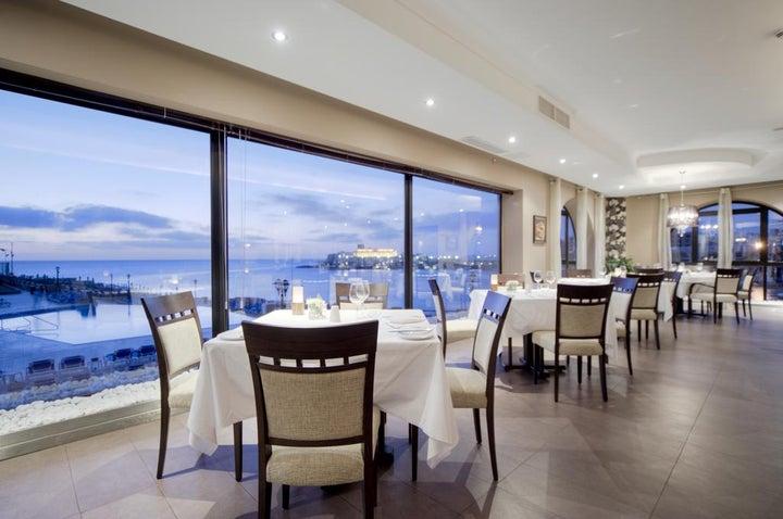 Marina Hotel Corinthia Beach Resort Image 11