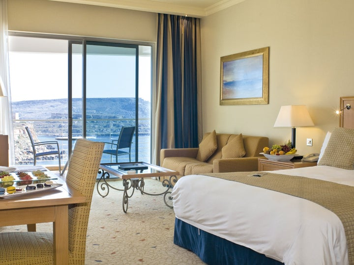 Radisson Blu Golden Sands Resort Image 3