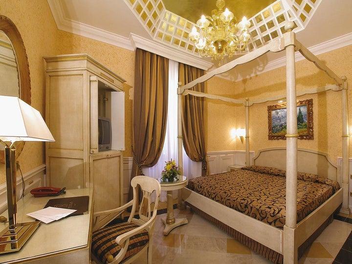 Comfort Hotel Bolivar in Rome, Italy