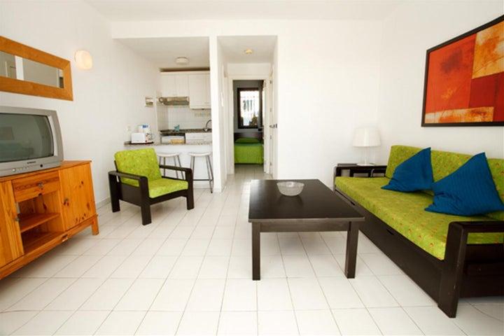 Las Buganvillas Apartments Image 6