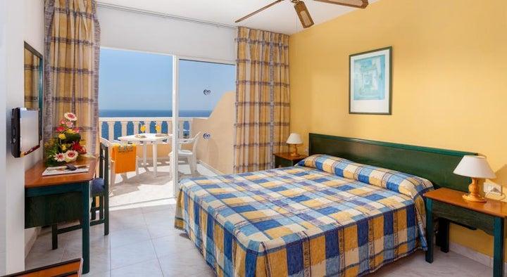 Bahia Flamingo Hotel Image 4