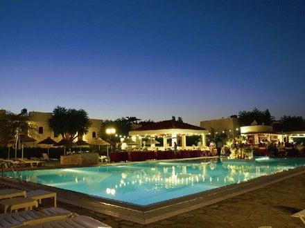 smartline Kyknos Beach Hotel & Bungalows Image 1