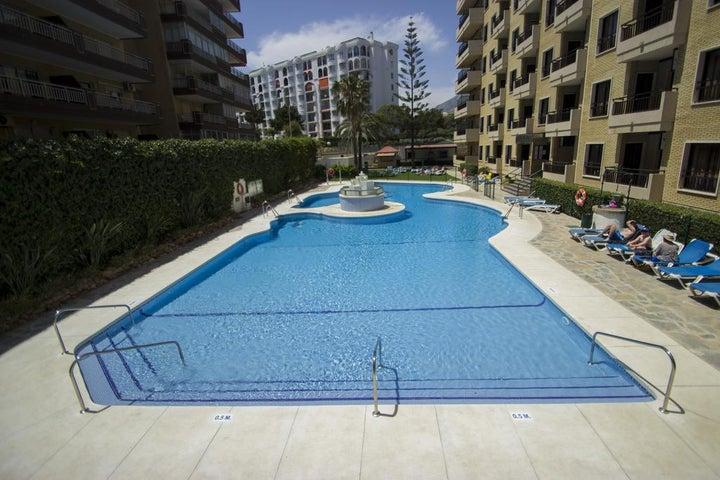 Ronda 4 Apartments Image 0
