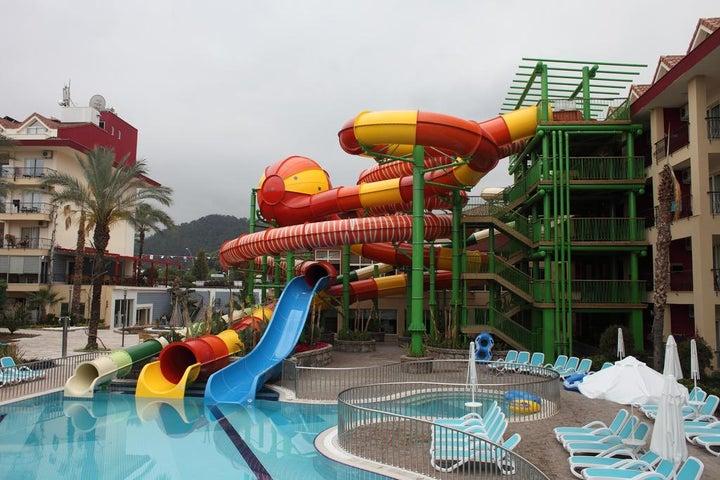 Crystal Aura Beach Resort And Spa Image 4