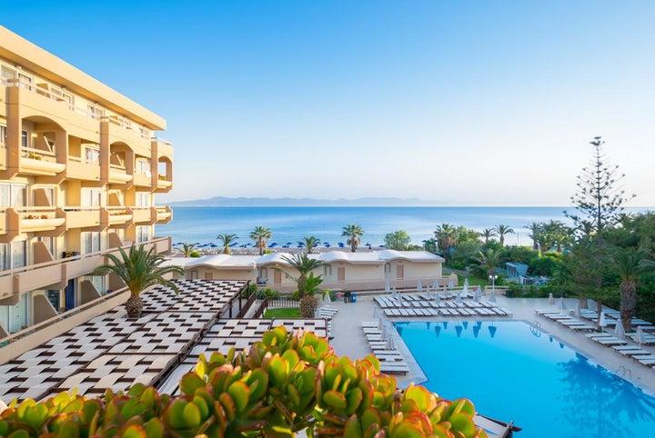 Sun Beach Resort Image 10