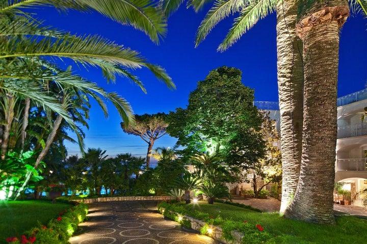 Grand Hotel Riviera Image 37