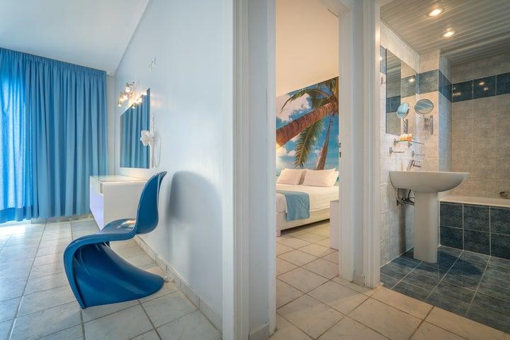 Filoxenia Hotel in Tsilivi, Zante, Greek Islands
