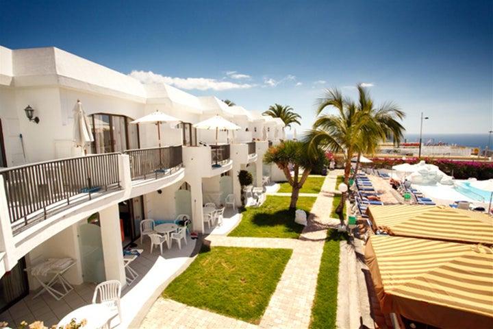 Las Buganvillas Apartments Image 9