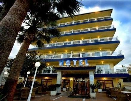 Las Arenas Hotel Image 31