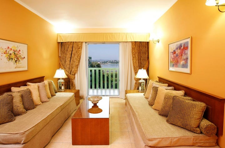Ariti Grand Hotel Image 19