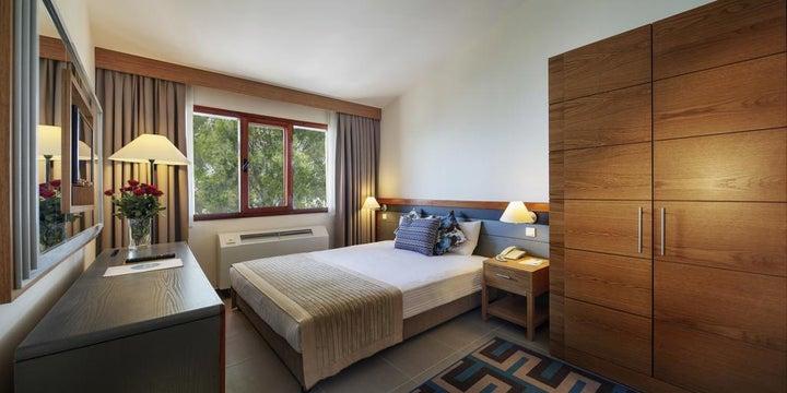 Pine Bay Holiday Resort Image 2