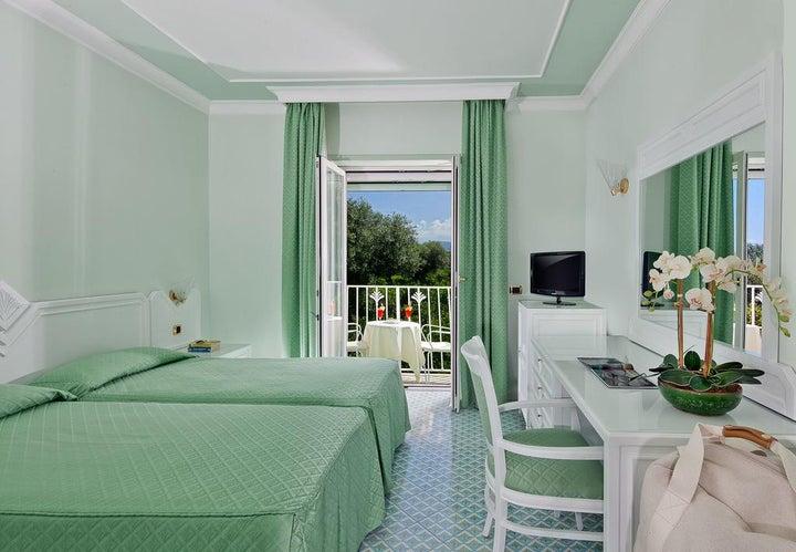 Grand Hotel Riviera Image 25