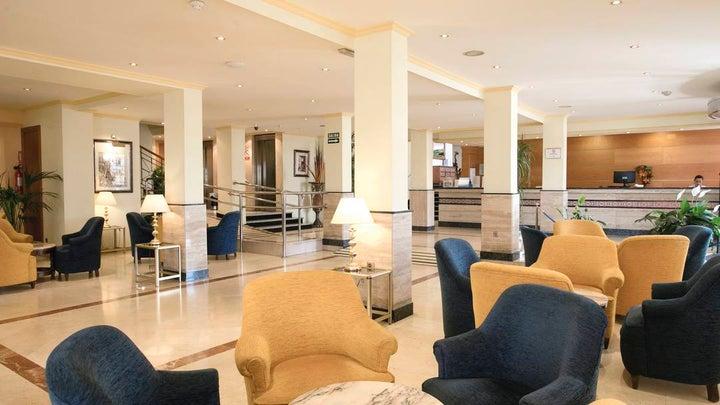 Las Arenas Hotel Image 15