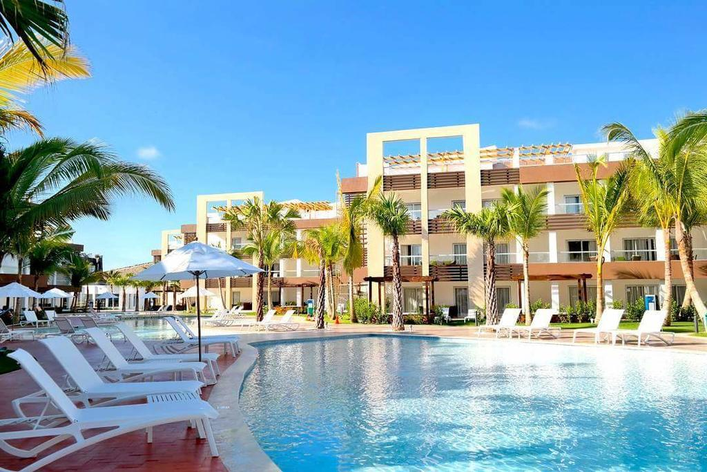 Blue Beach Punta Cana Luxury Resort In Dominican Republic Holidays From 921pp Loveholidays