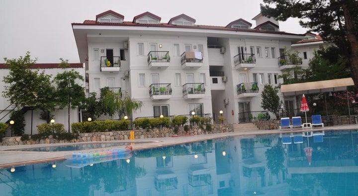 Sunshine Holiday Resort Image 2