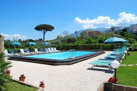 Bournemouth Airport holidays to Italy